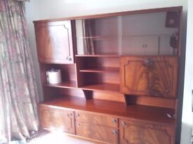 Reproduction Mahogany Display Cabinet in Excellent Condition