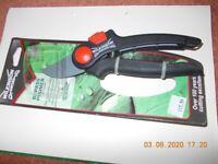 Wilkinson Sword Bypass Pruner 20mm - new in packaging - Garden