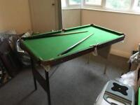 Small pack down kids pool snooker table