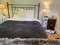 Henley King-size brass-plated finish bed stead and divan (good condition)