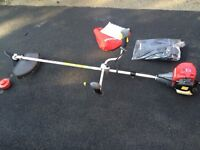 Honda 435E brush cutter /strimmer almost new used only once