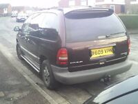 Chrysler Voyager le 7 seater.