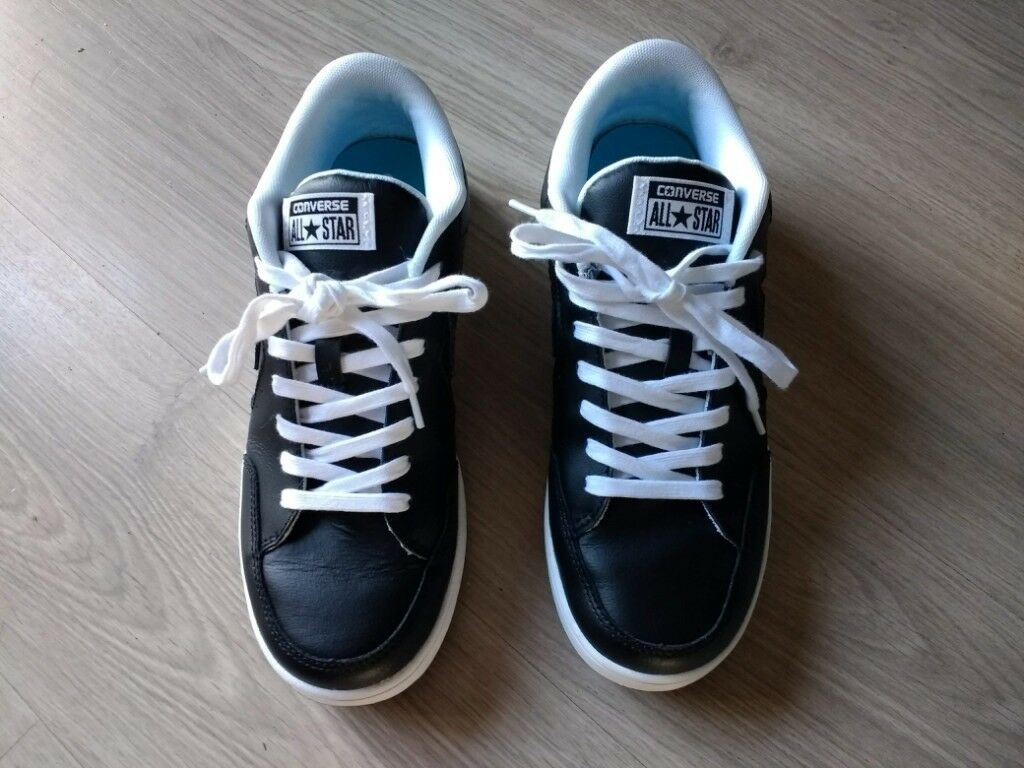 671bb2a95b88 Unisex Black Leather Converse trainers - Worn once - Size UK 8 Adult ...