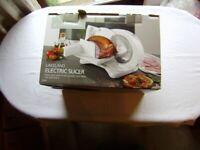 Slicer / Lakeland electric food slicer, NEW and unused, in original package