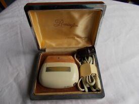 Vintage 1950s Remington shaver in original box