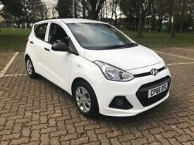2016 66 Hyundai i10s in White