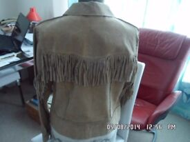 LEATHER JACKETS TO SELL. VERY GOOD CONDITION