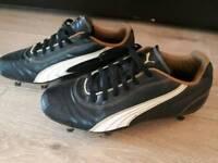 Puma Football Togs Size 3