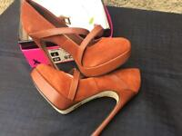 River island size 7 high heel shoes
