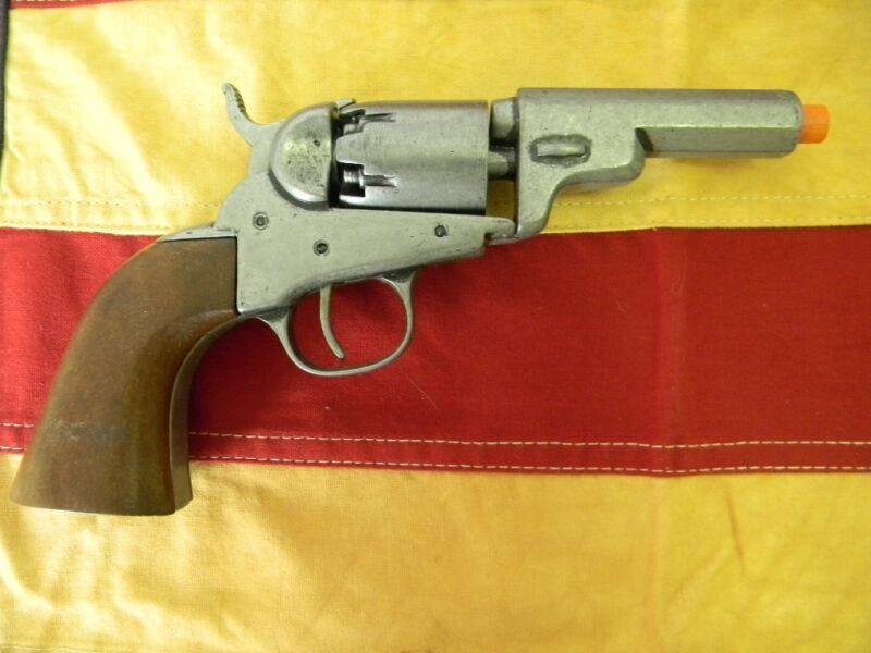 Pocket Revolver