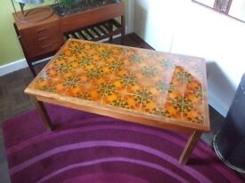 Retro Vintage 60s 70s Funky Flower Power Tile Top Coffee Table