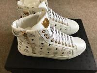 MCM trainers