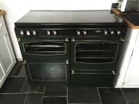 Range Cooker Dual Fuel (gas/electric) 110cm in green with glass lid