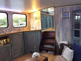 Designer Widebeam Dutch Barge River Canal Narrowboat on London mooring