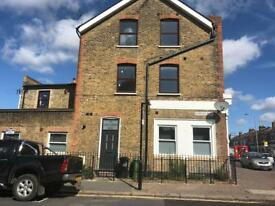 Stunning 2 bedroom maisonette E11