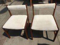 Pair of chairs McINTOSH Good quality chairs