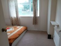 Lovely double bed room for short let term for October