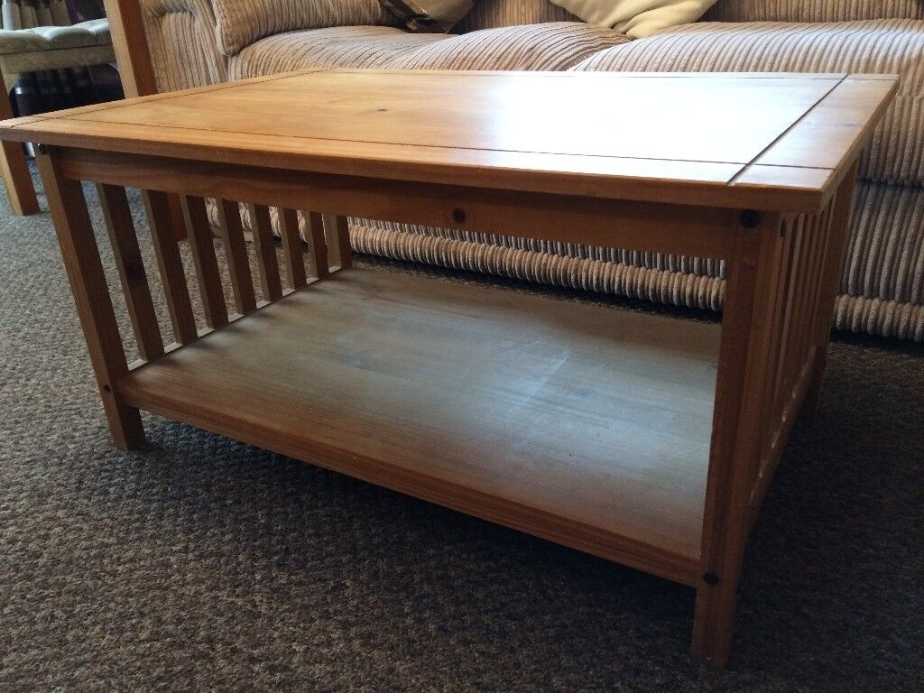 MEXICAN PINE COFFEE TABLE, GOOD CONDITION