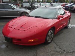 1995 Pontiac Firebird T-Tops *LOW KM*