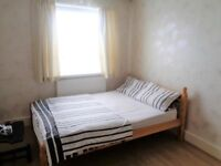 Double Room To Rent Near Redbridge Station - Central Line