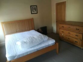 Fully furnished spacious double room. North London. Available now