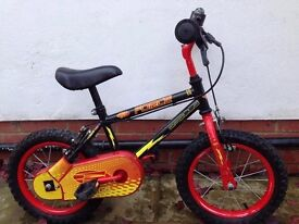 APPOLO FORCE CHILDS BIKE WITH STABILISERS SUIT 3 TO 5 YEARS