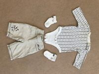 Baby Gap girls 0-3 months romper/trouser/socks outfit - as new condition