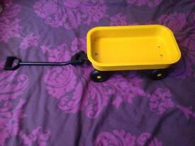 Small pull along trailer toy