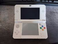 "Like new ""New 3ds - White"" with 2+ Games"