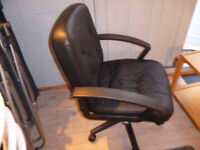 CHAIR OFFICE IN BLACK £25