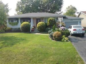 955 PARKDALE Avenue Fort Erie, Ontario