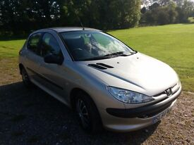 Peugeot 206s 1.4cc 2004 (54 plate). 5 doors. MOT'd July 17, Serviced Oct 16. Lady Owner