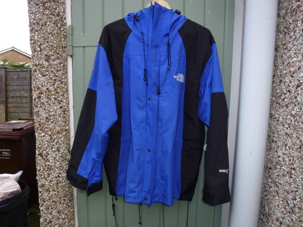 a910c23b5d The North Face water proof Jacket Summit Series
