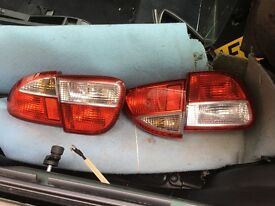 Leon rear lights