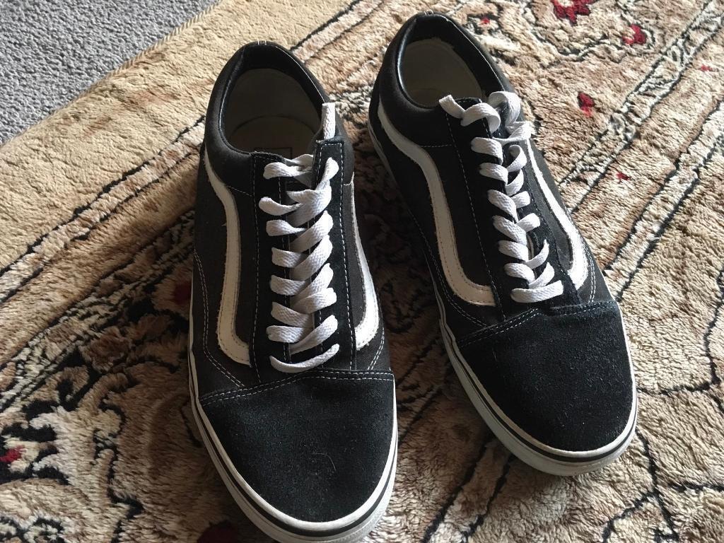 7c4dcde650 Vans Men s trainers black white used few times v