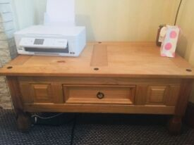 Coffee table in great condition