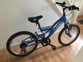 Boys blue Halfords Trax TFS.20 bike