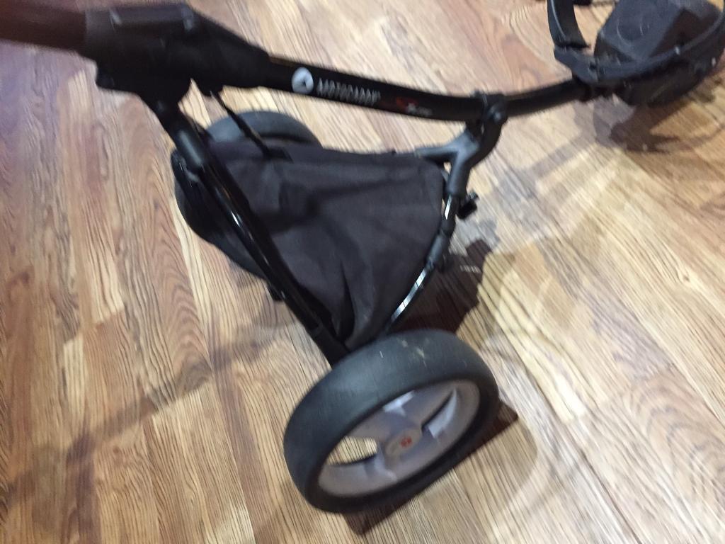 Motocaddy S1 lite push trolley with umbrella holder