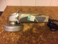 PERFORMANCE POWER ANGLE GRINDER 600w