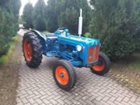 Ford Dexta Tractor (35 35x 135 fordson)