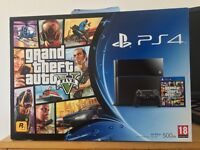 Mint Condition PlayStation 4 console and games bundle package PS4