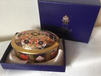 Royal crown derby china Imari largest of three oval lidded dish boxed great gift