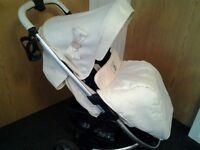 My Babiie MB100 Sgnature Cream Pushchair