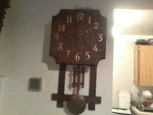 xxx VINTAGE : MISSION STYLE WALL CLOCK : CIRCA:1901 : 8 DAY -xxx