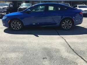 2016 Chrysler 200 S Kitchener / Waterloo Kitchener Area image 3