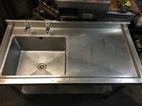 COMMERCIAL TABLE WITH SINK HEAVY DUTY