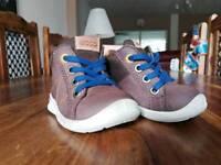 Boys shoes size 3,5UK 19EU brand ECCO