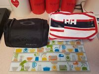 Mens Washbags x2