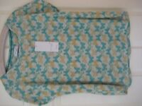 NEW W.T. M&S PER UNA WEEKEND TOP/T.SHIRT - SIZE 18 - (Kirkby in Ashfield)