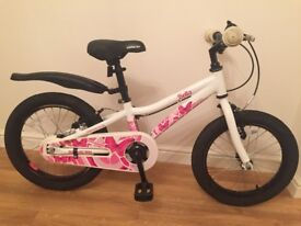 Girl's bike. Saracen Bella 16 inch girl's bike. Would suit 4 to 6 year old